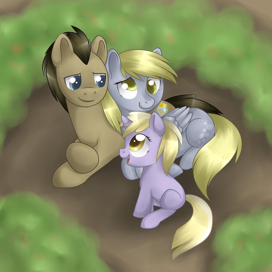 A Happy Family by Kitsunewolf95
