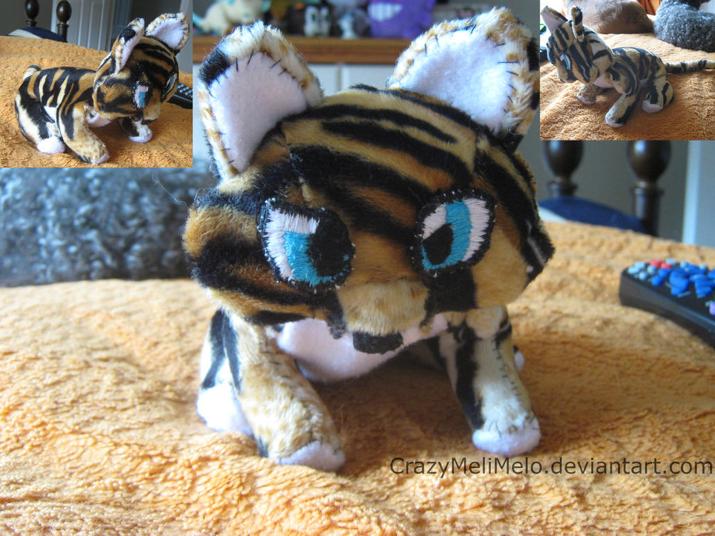 .:Tiger Plush:. by CrazyMeliMelo