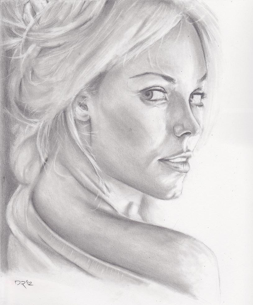 Laura Vandervoort portrait by menacestudio