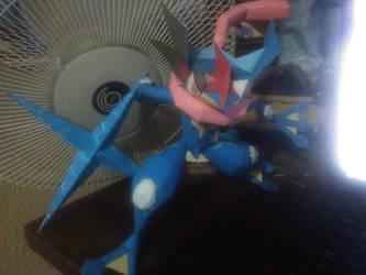 Greninja ash papercraft