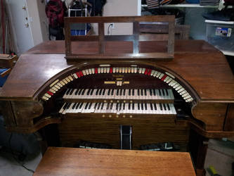 WurliTzer 2/7 Console 2 by Theguywithcheez