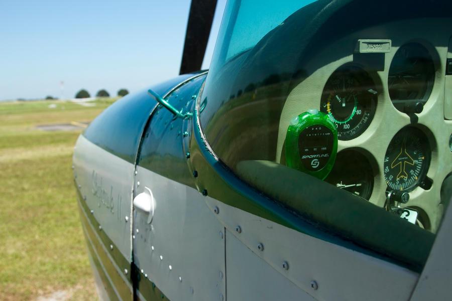 Cessna 172 cockpit view by wanderingcamera on DeviantArt
