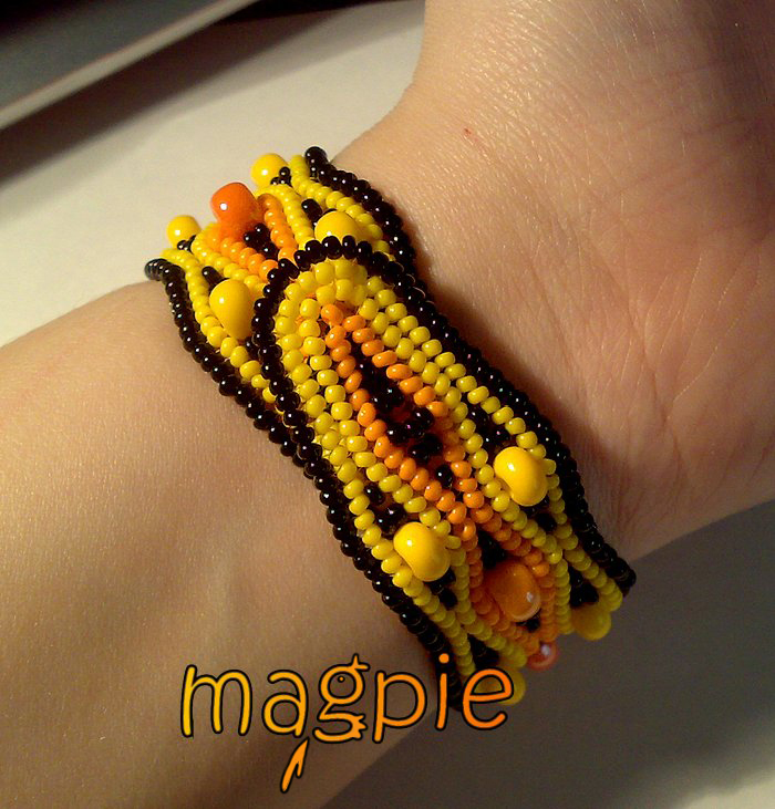 bright bracelet by biser-magpie