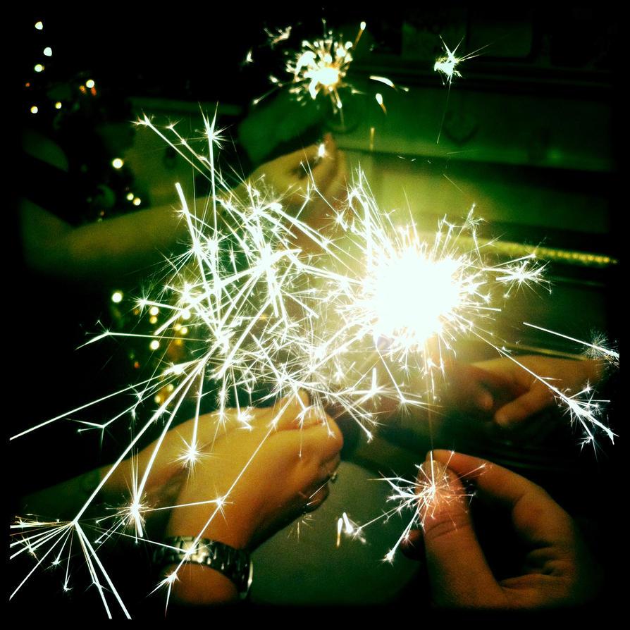 Hogmany Sparks by elizabethunseelie