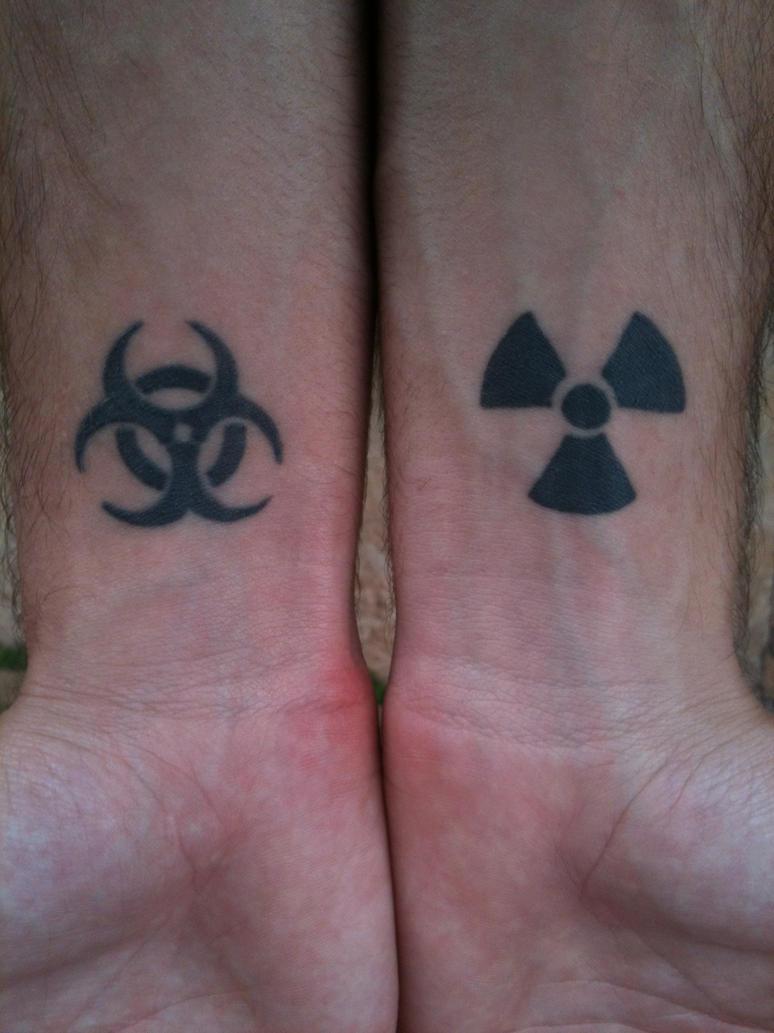 tattoo biohazard e radiation by alpha42 on deviantart rh deviantart com Hulk Radiation Symbol Radioactive Radiation Symbol