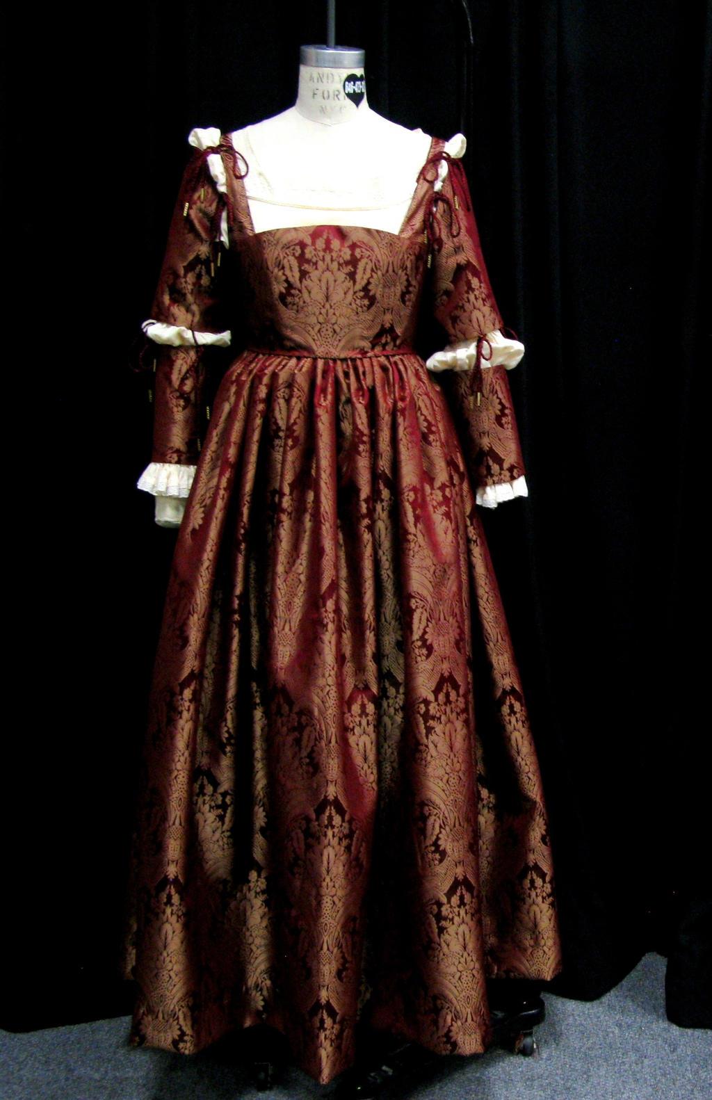 Italian renaissance fashion for women 66