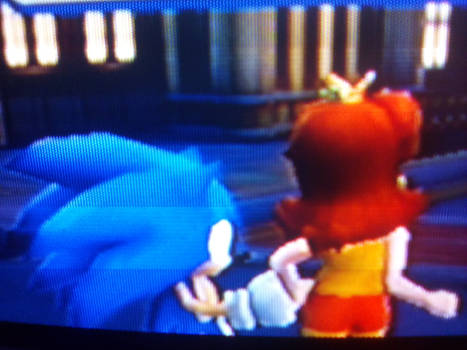 Sonic and Daisy hold hands