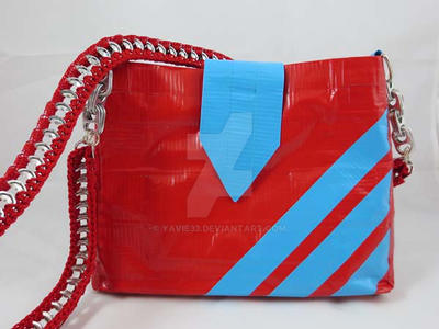 Sporty duct tape purse by yavie33