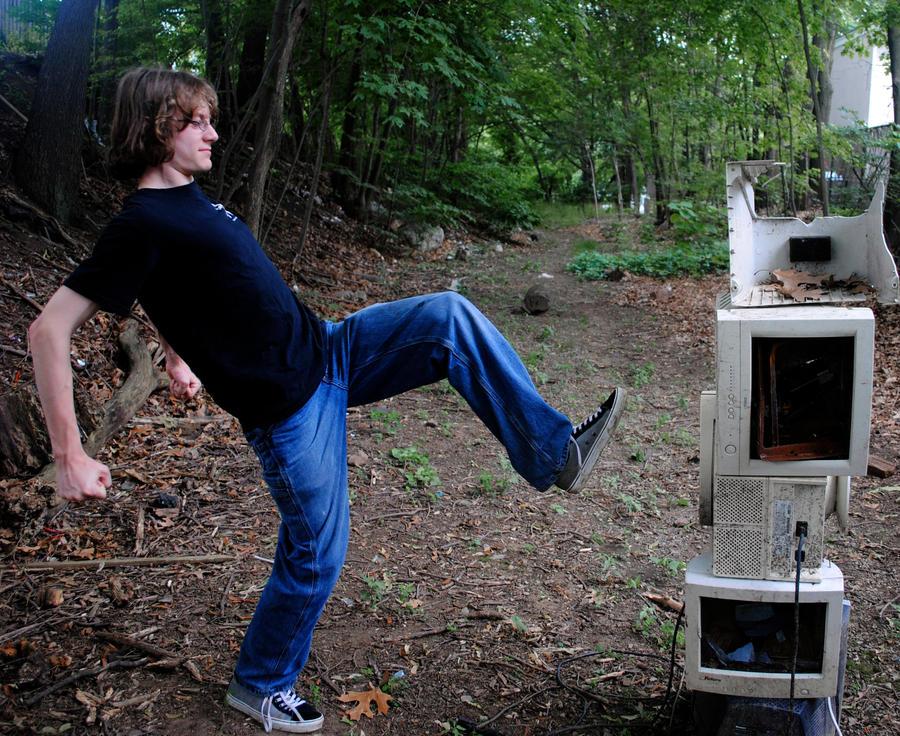 computer kick by ApplePo3