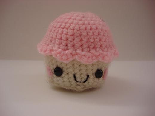 amigurumi cupcake by melissah84