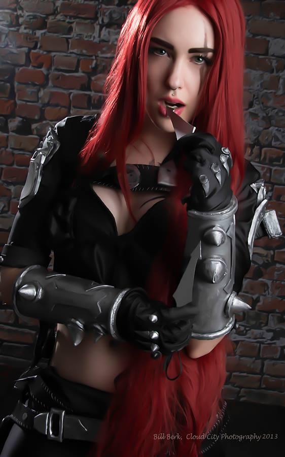 Katarina Cosplay - League of Legends by Feoranna