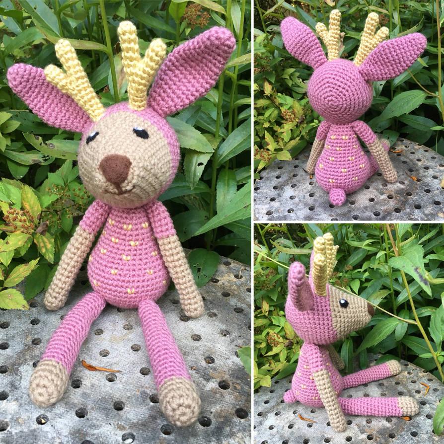 Cuddly Deer by Vivacia18