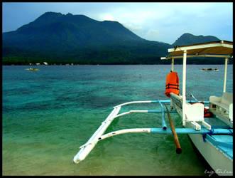 camiguin island by LeightonLee
