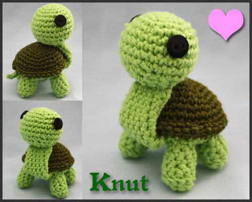 Crochet Turtle by Walkonred