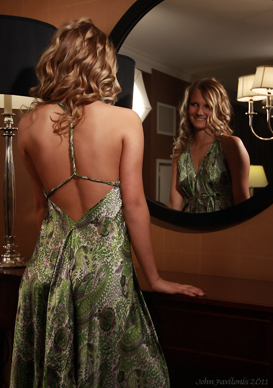 U ogledalu - Page 2 Michelle_______by_pavsys-d37n5ar
