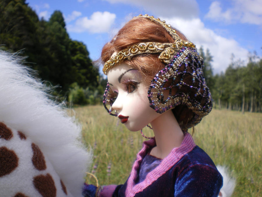 Medieval Dollfie Snood by raewhitewolf