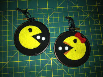 they meet! Pac man / Mrs. Pac Man embroidery hoops by CutieCornerCrafts