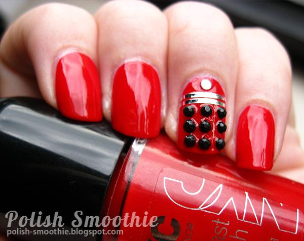 Red Dalek Nail Art by tessiursa