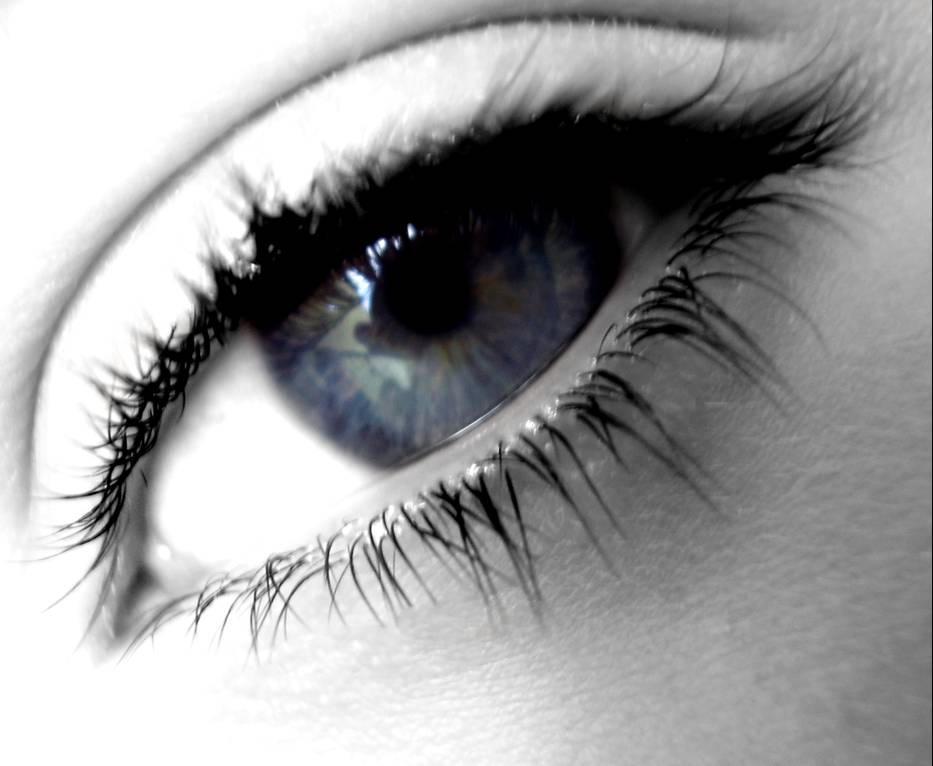 Eyes - Page 4 Pretty_eyes_by_thenewnormal207