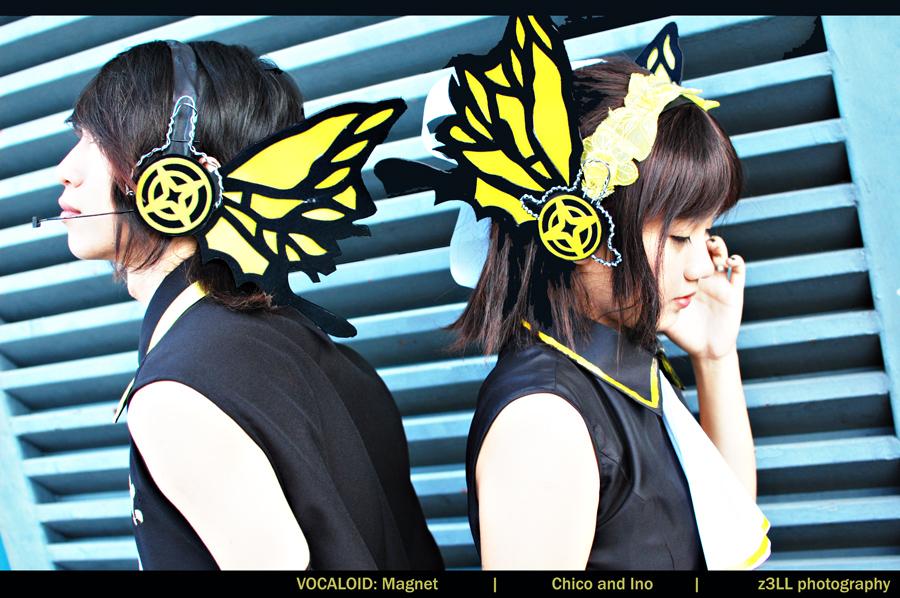 http://fc06.deviantart.net/fs71/f/2010/057/0/a/Vocaloid__Magnet_by_z3LLLL.jpg