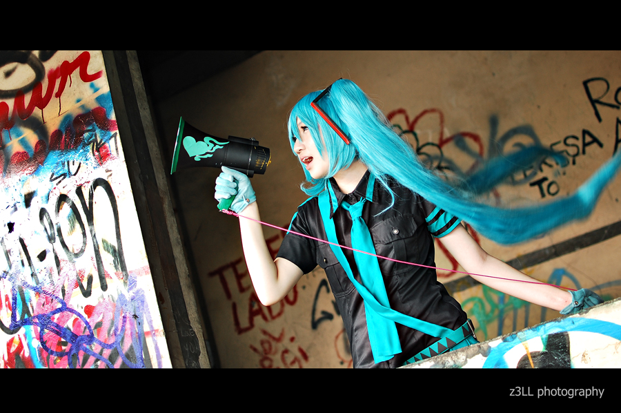 Eager Love Revenge: Miku by z3LLLL