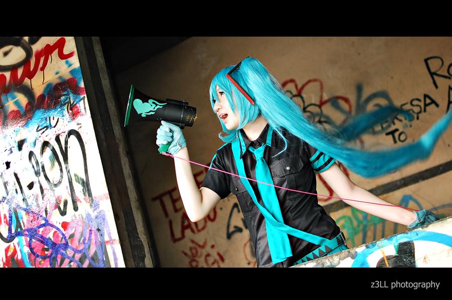 Eager Love Revenge: Miku by z3LLLL