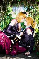Vocaloid: Rin and Len by z3LLLL