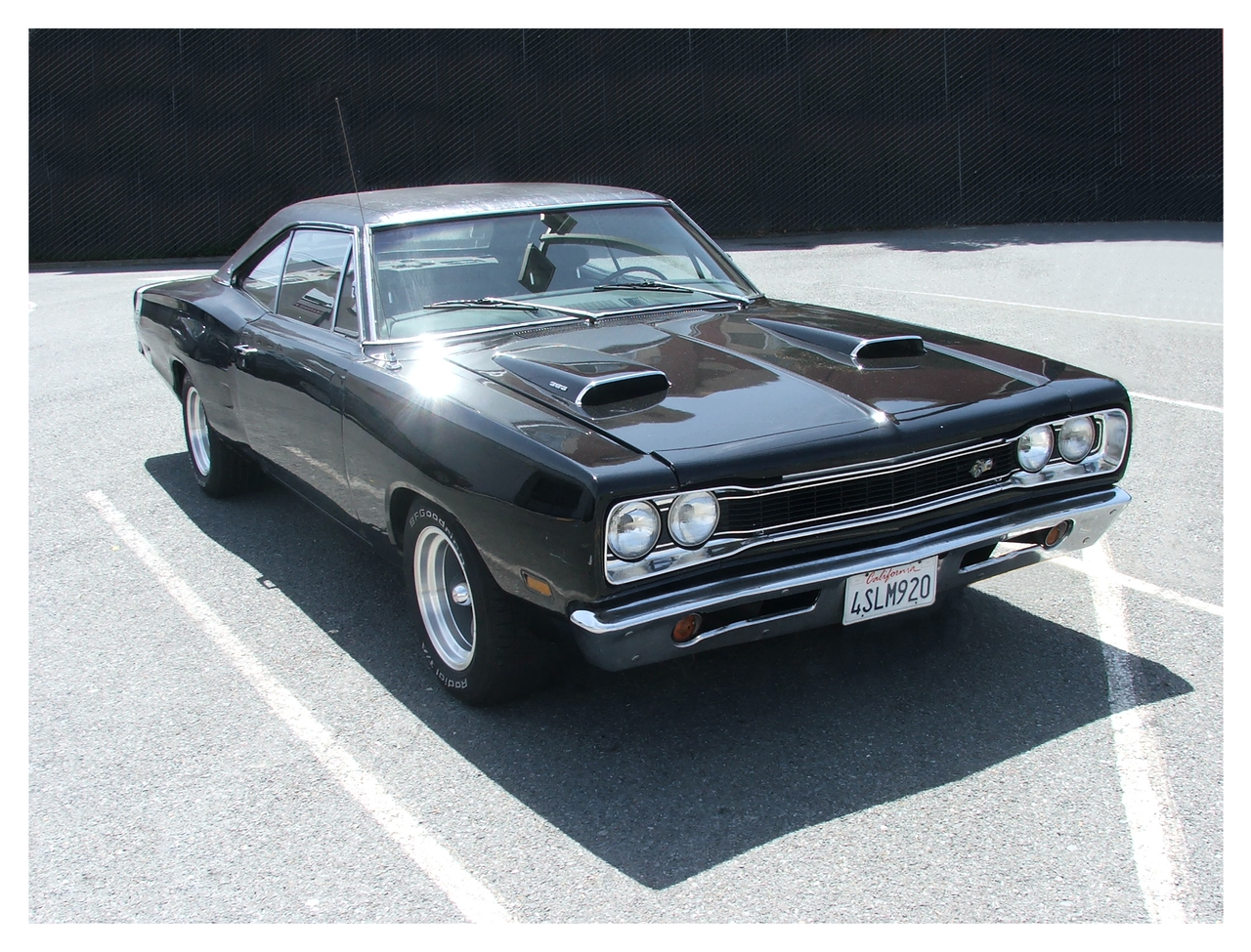 Black Dodge Super Bee by tezzan