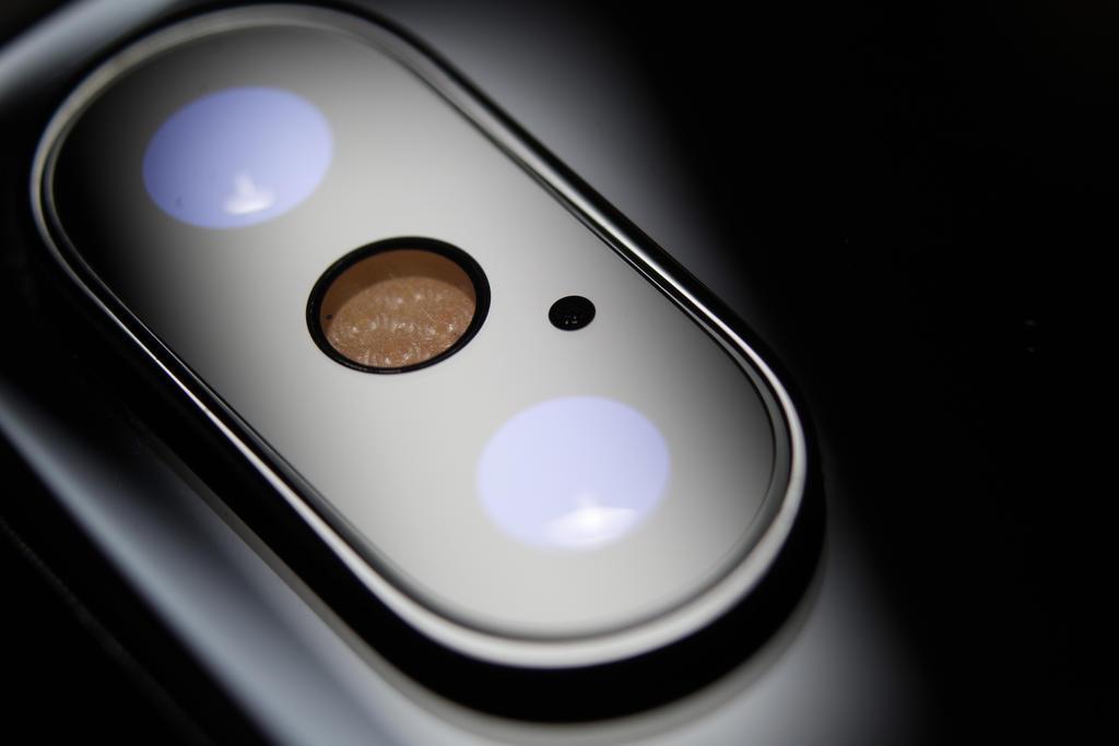 iPhone X camera closeup