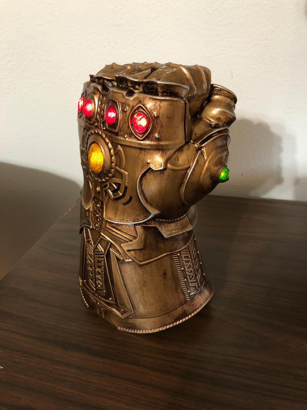 Infinity Gauntlet re-paint