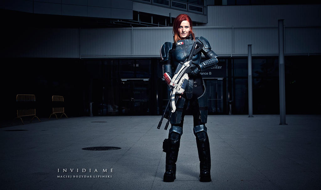 Mass Effect cosplay Commander Shepard by Vocoder