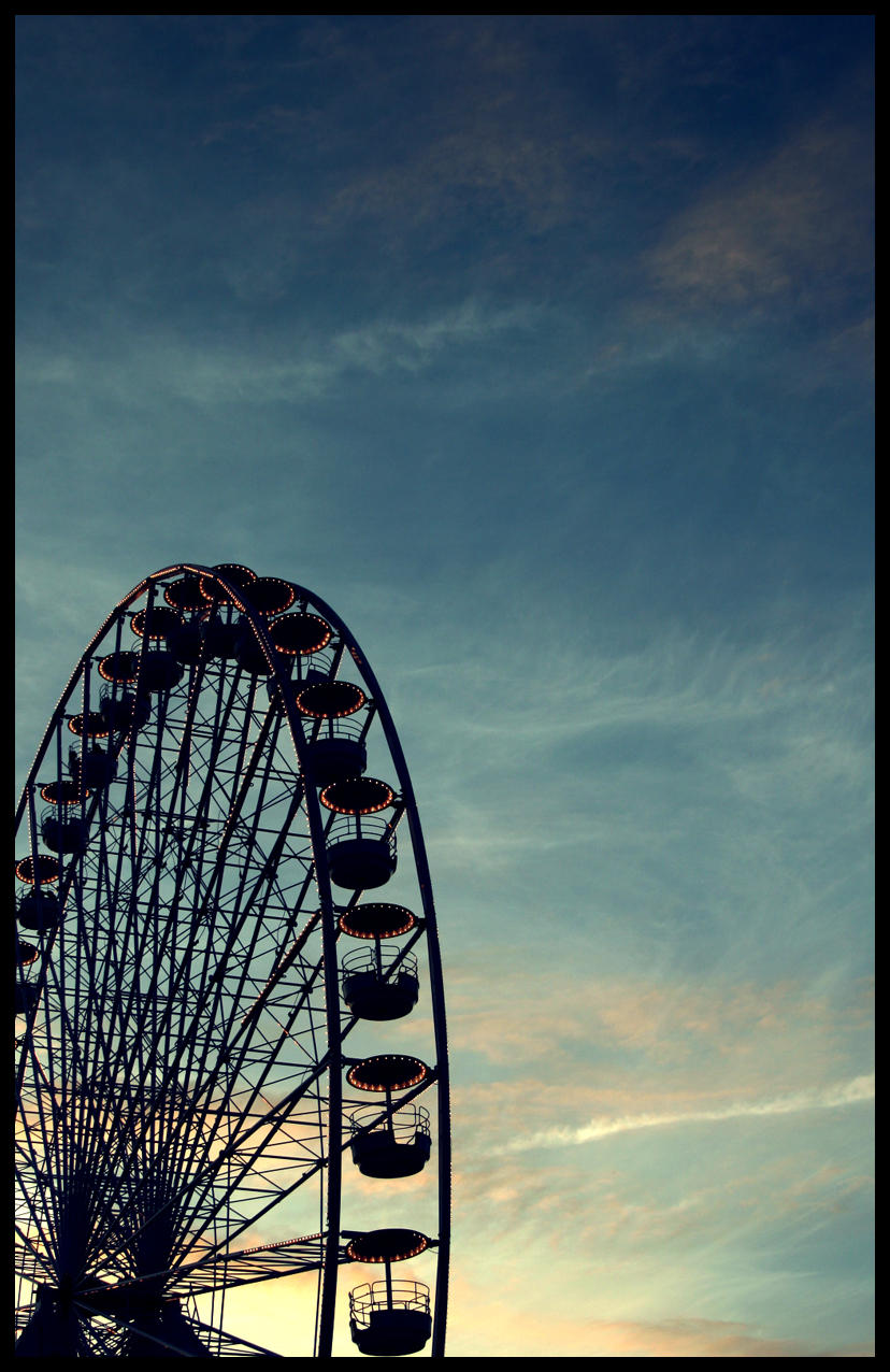 ferris wheel by divinedecay