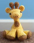 small amigurumi giraffe