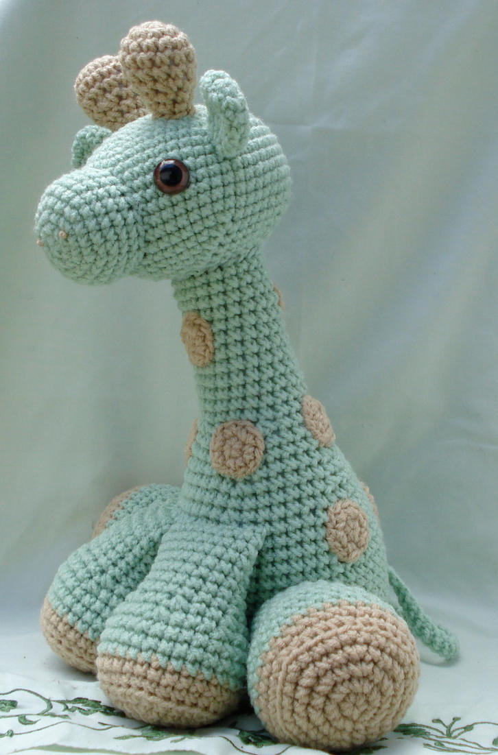 large amigurumi giraffe 2 by TheArtisansNook on DeviantArt
