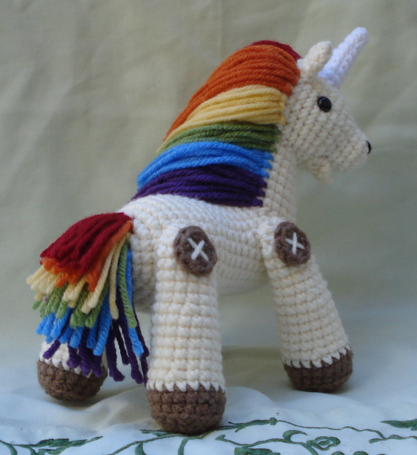 Tutorial Amigurumi Unicorno : rainbow unicorn amigurumi 4 by TheArtisansNook on DeviantArt