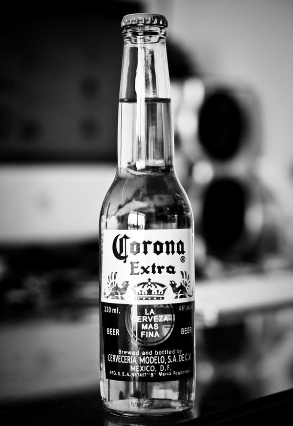 Corona I by DeMarco-Design