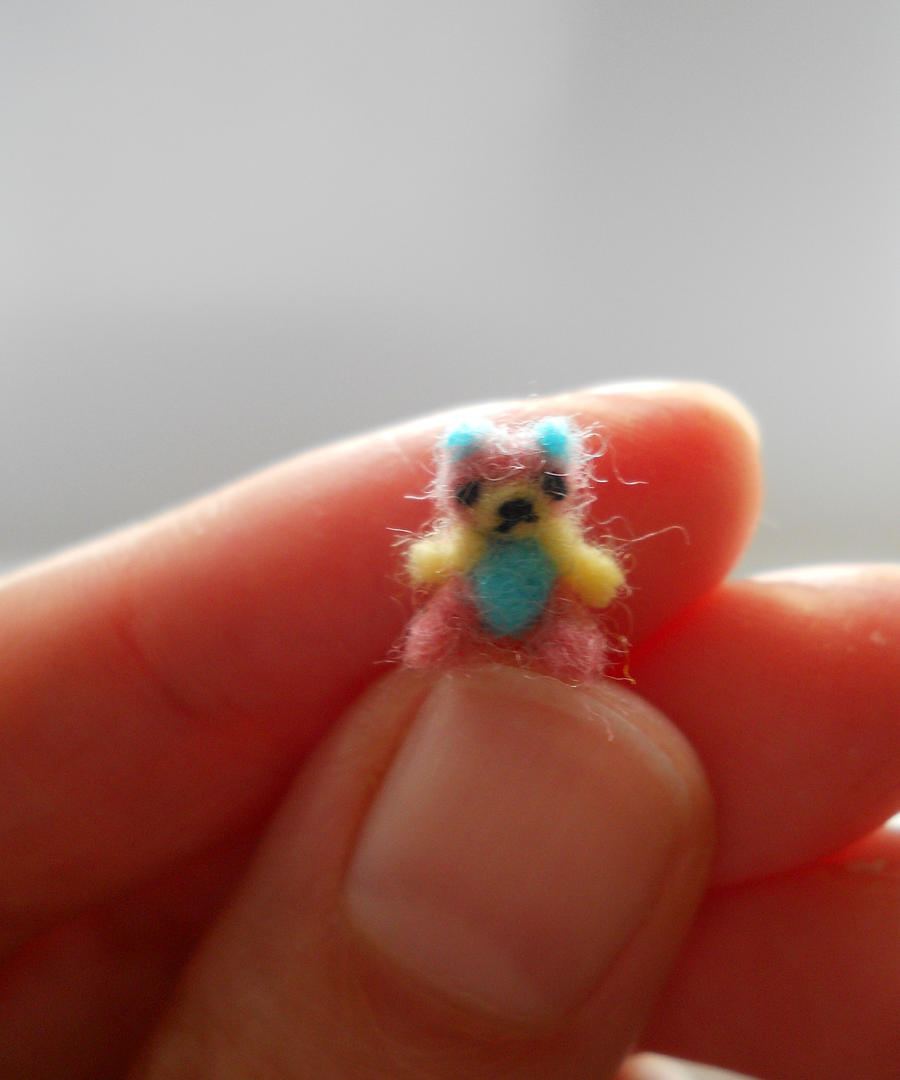 micro teddy bear ooak miniature jointed Rainbow by tweebears
