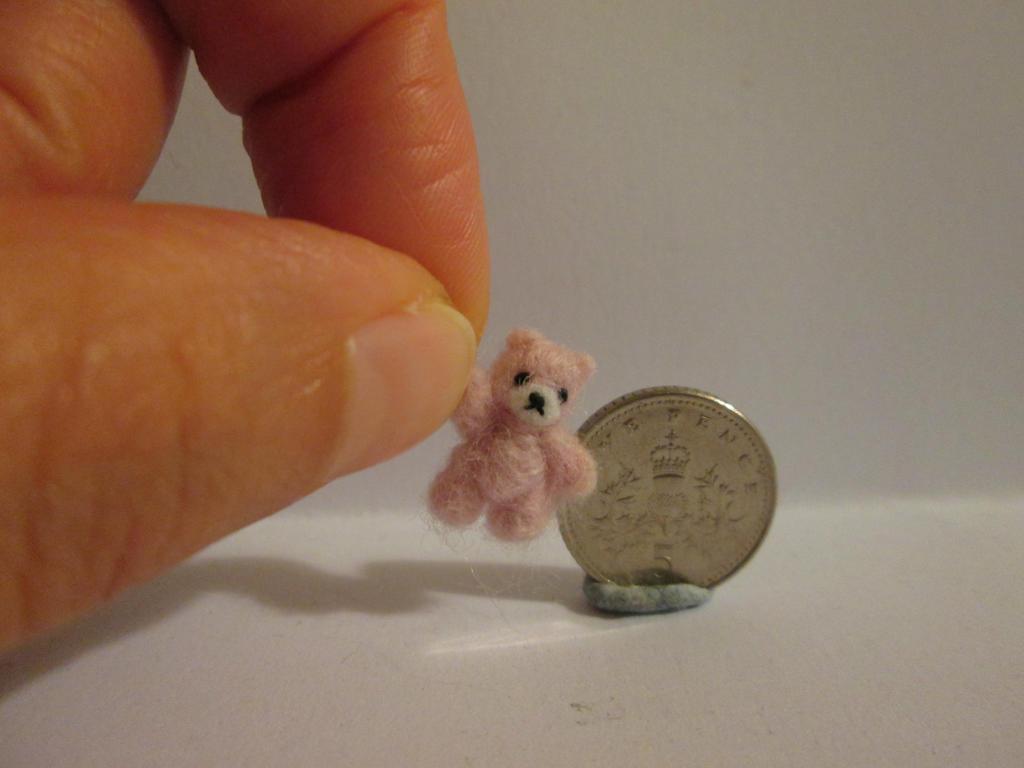 Ooak miniature jointed pink teddy bear by tweebears
