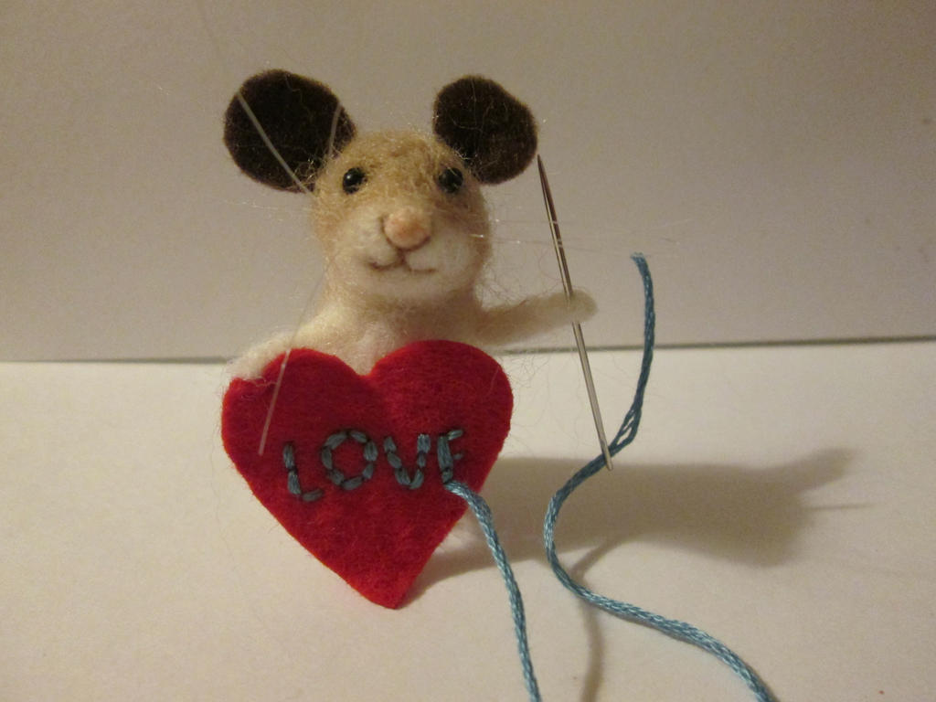 OOAK miniature collectable mouse by tweebears