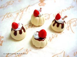 Pudding Flans by tiramisuxfluff