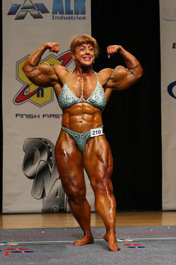 Granny Muscle Nude 41