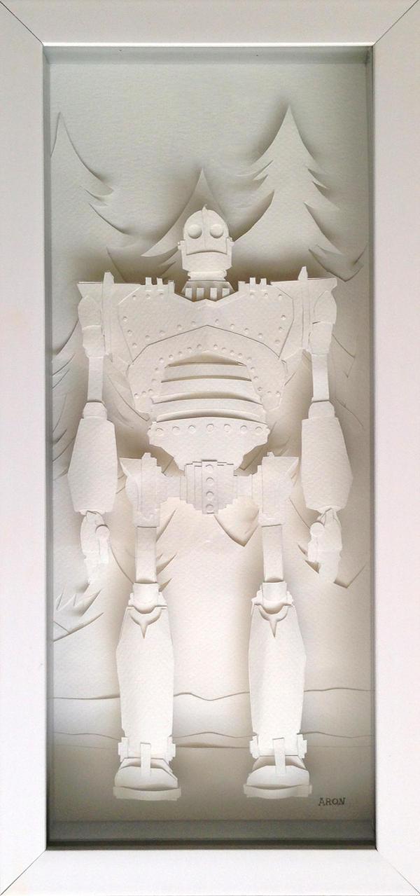 The Iron Giant - Papercraft by AronDraws