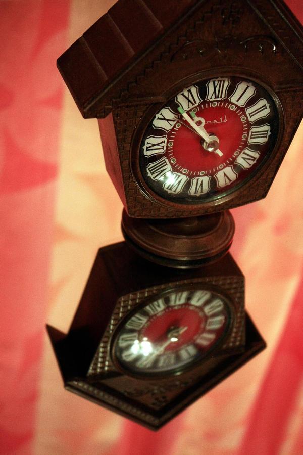 Clock02 by Flowertree-elf