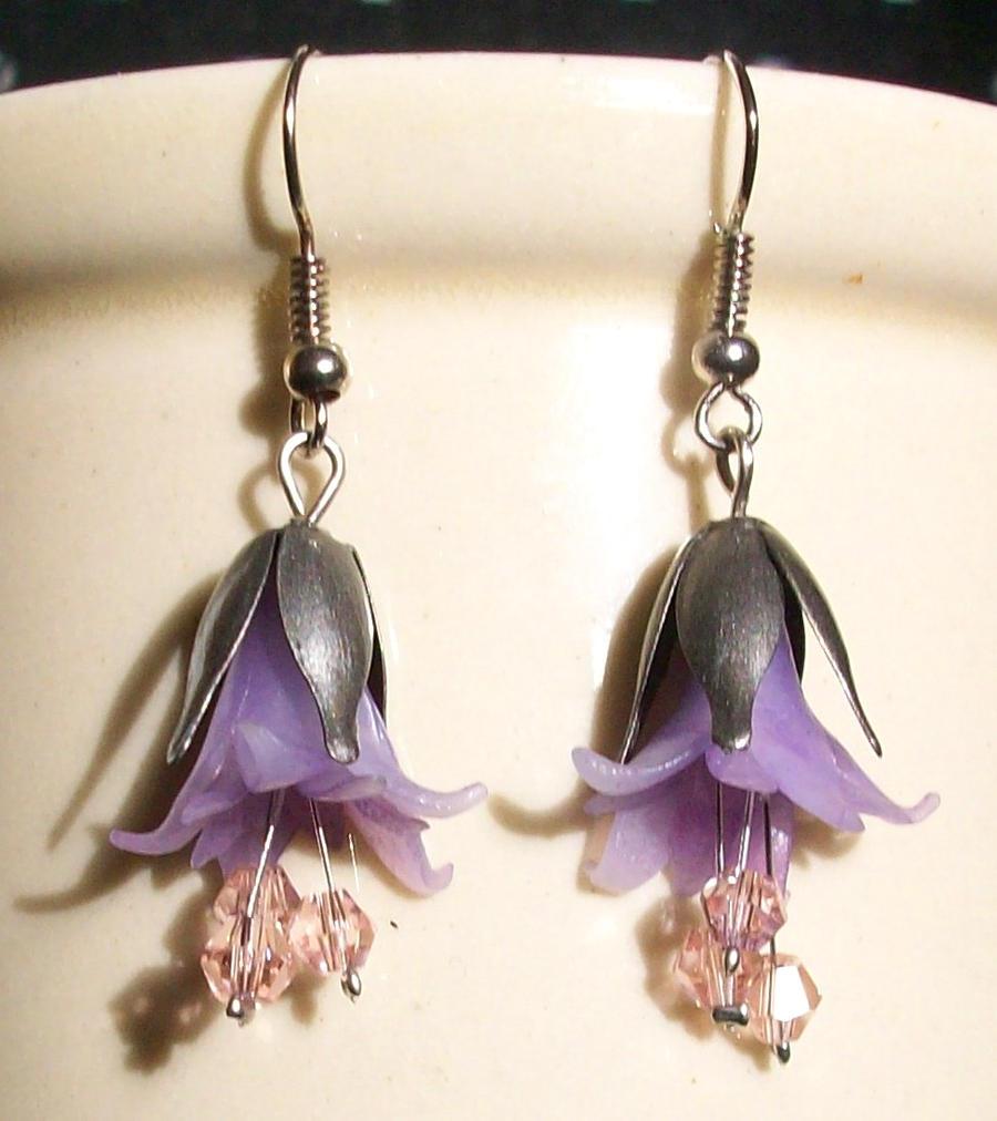 Violet Bellflower Earring by Sturmdaemonin