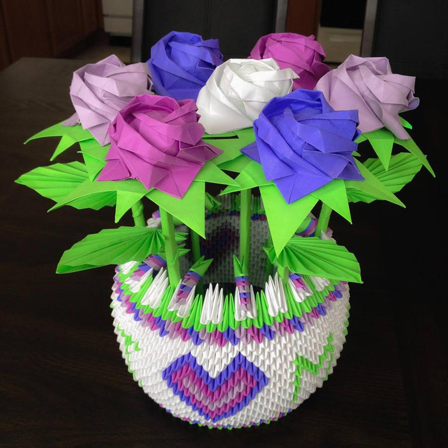 Bouquet Of Kawasaki Roses In A 3d Origami Basket By