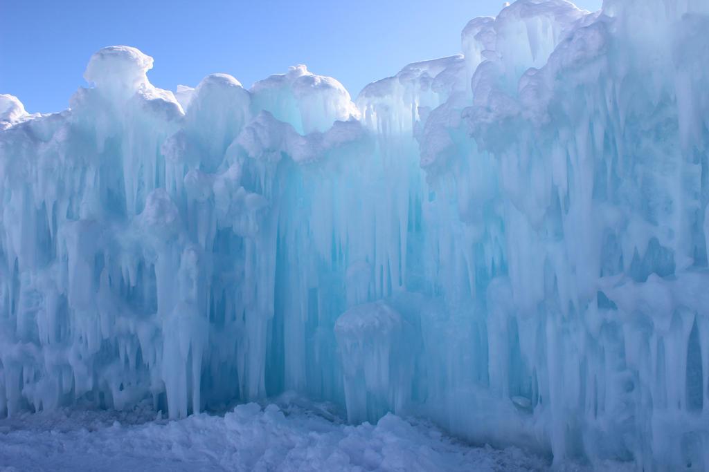 Winter Scenes - Ice Castle Wall2 by Qrinta on DeviantArt
