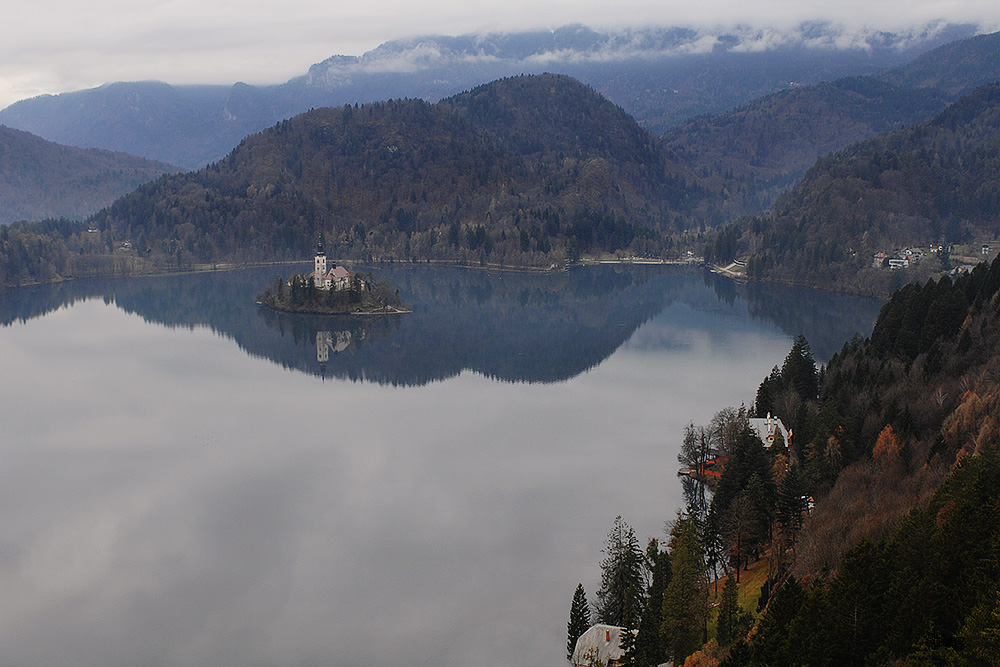 Lake Bled in the fall by Guts80
