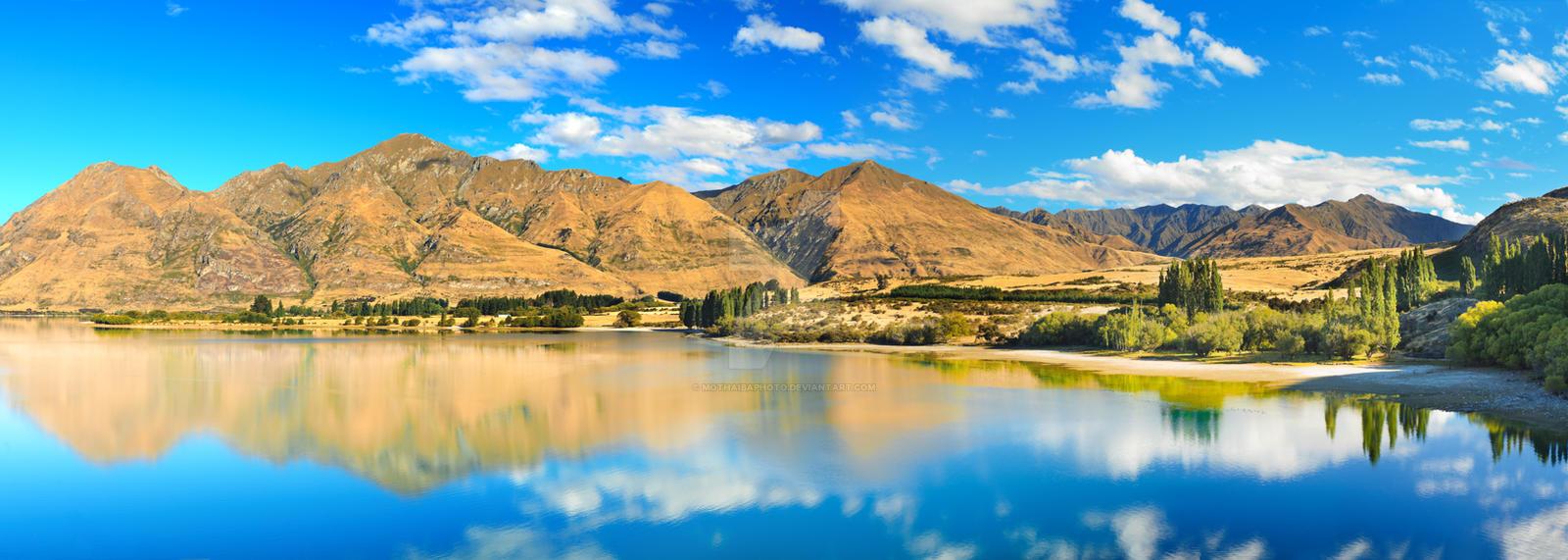 Wanaka lake by MotHaiBaPhoto