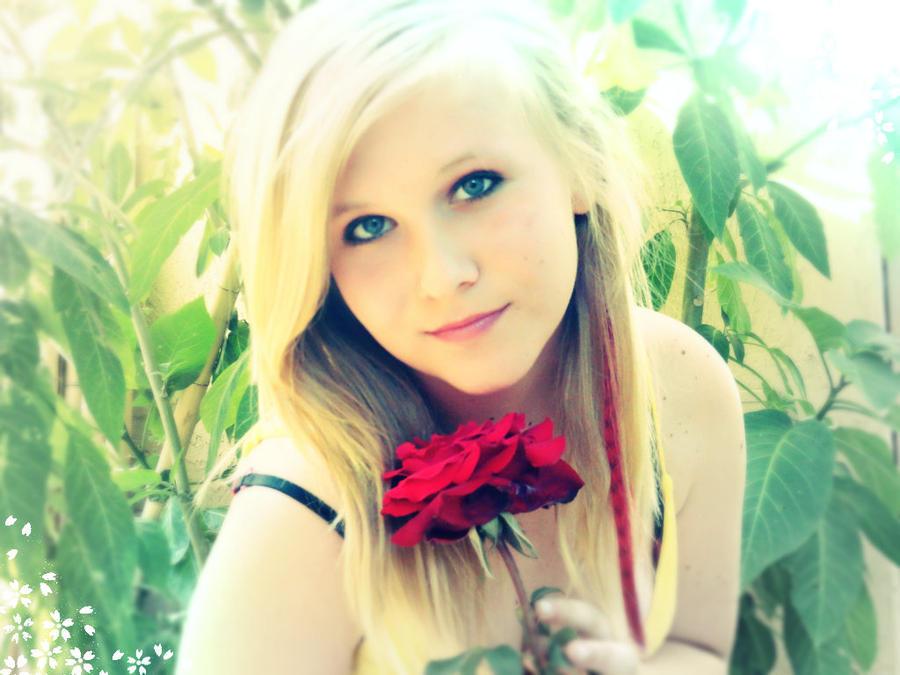 pretty blonde 13 year old