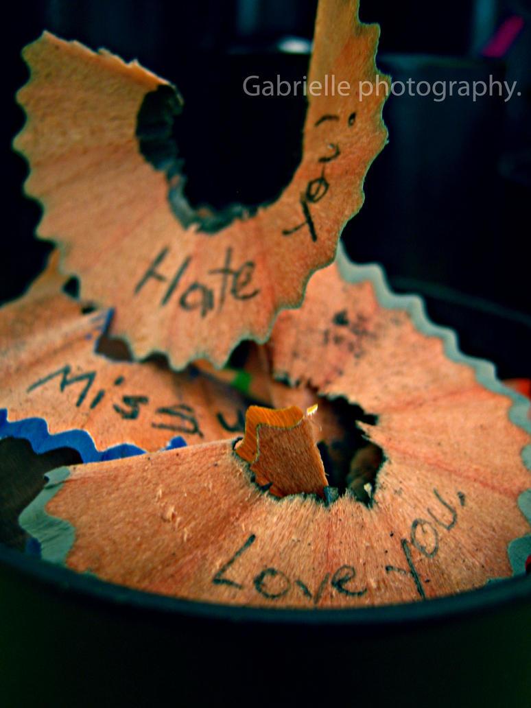 Love me not. by hapciuMadam